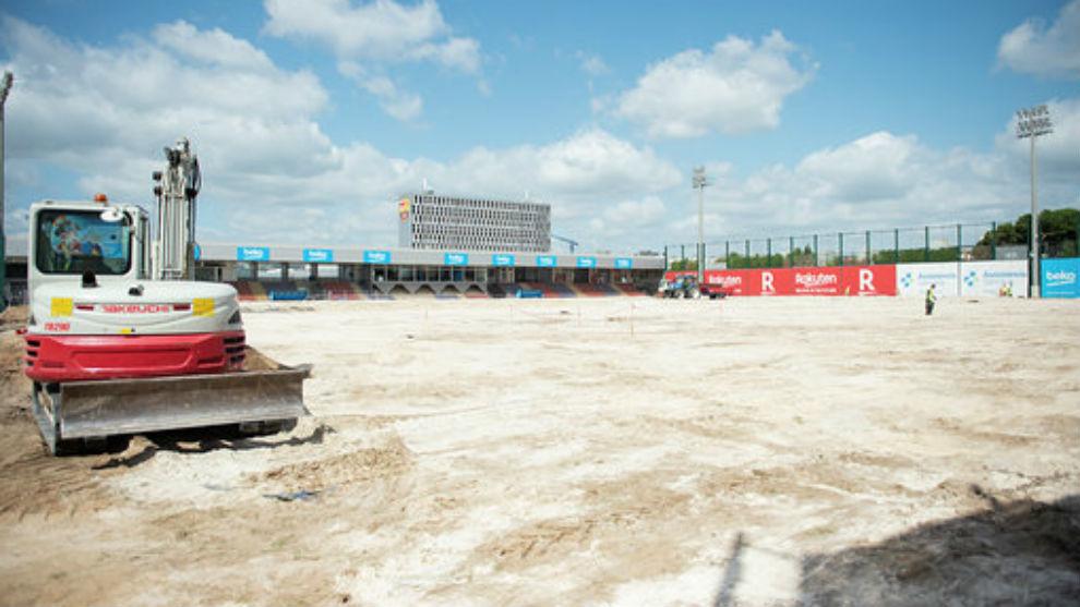 巴萨翻新训练场,按巴尔韦德提出铺上硅土