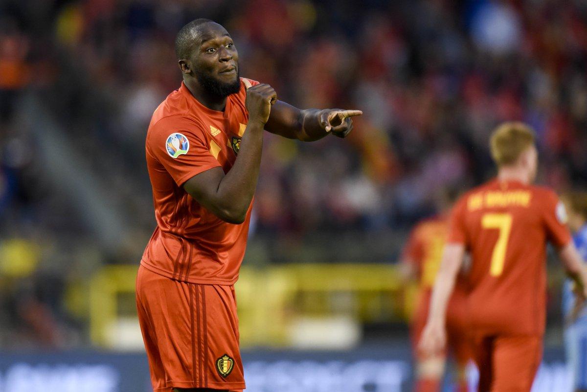 GIF:阿扎尔助攻卢卡库头球破门,比利时打破僵局