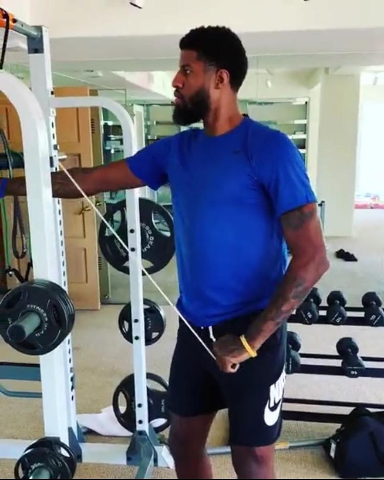 耐心恢复!理疗师发布保罗-乔治的上肢恢复性训练视频