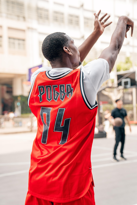 篮球我可没在怕的!博格巴:在上海打球好开心,还得再练