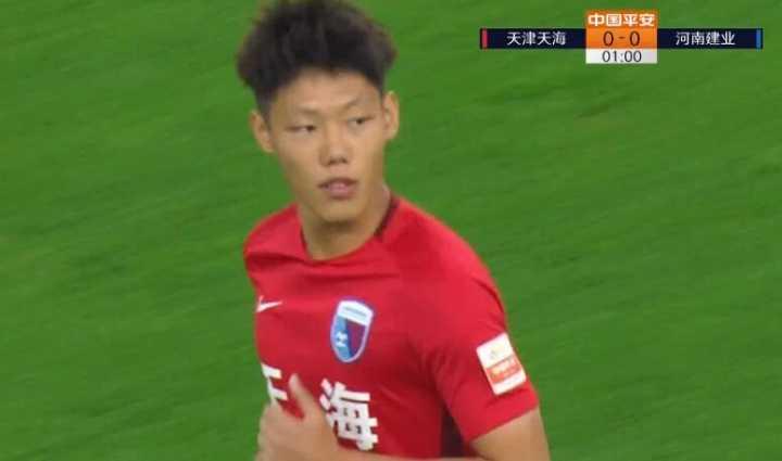 快讯:开场55秒换人!裴帅换下U23球员文俊杰!