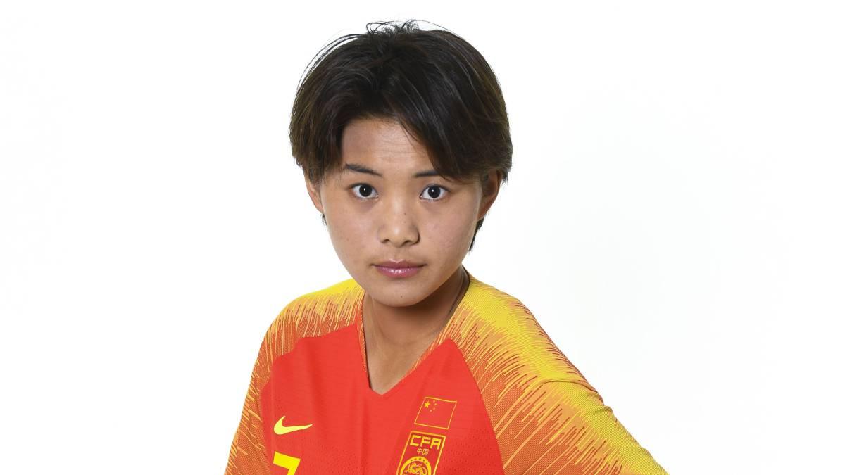 阿斯报评王霜:她是中国足球未来的希望, 是中国的梅西