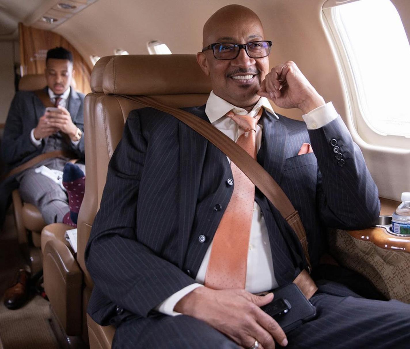 CJ-麦科勒姆更新社媒晒出父亲照片并祝父亲节日幸福