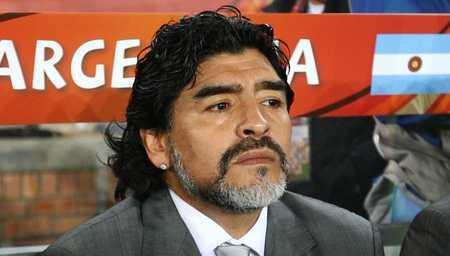 马拉众纳怒批阿根廷:现在。连汤添都踢不过了