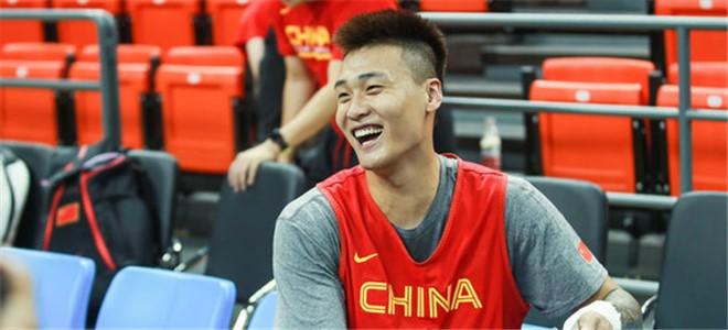 赵睿:球队需打得更整体,精神面貌和心态要做好