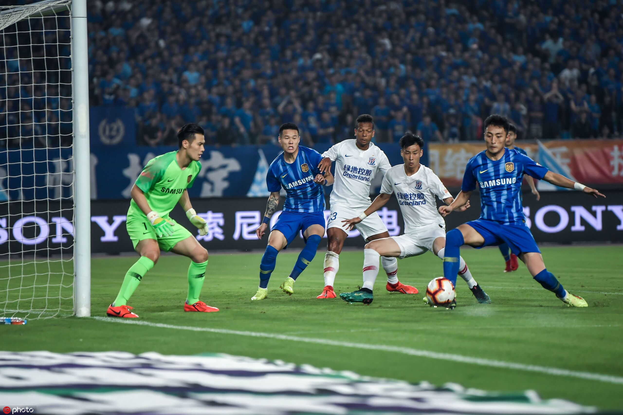 莫雷诺建功助球队终结九轮不胜,苏宁0-1申花