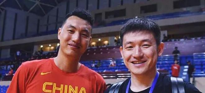 翟晓川合影陈磊:他乡遇老队长,那叫一个亲啊