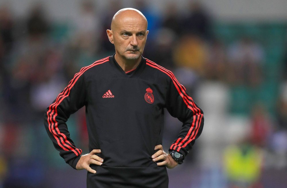 官方:齐达内的体能教练平图斯退出皇马教练组