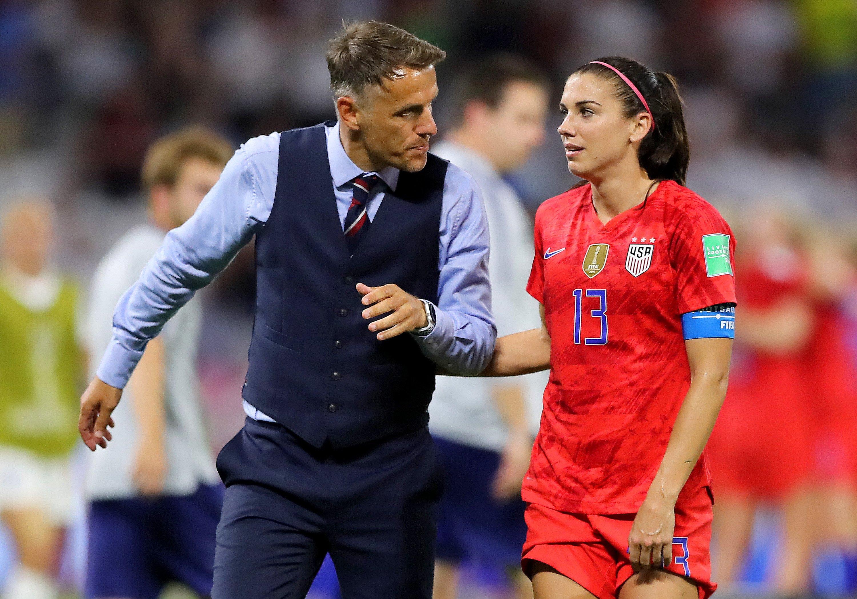 回去得练啊,英格兰女足本届世界杯三粒点球全部罚丢