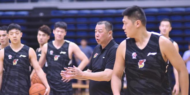 青岛新赛季目标前八,鲁媒:球队与赵泰隆确有接触