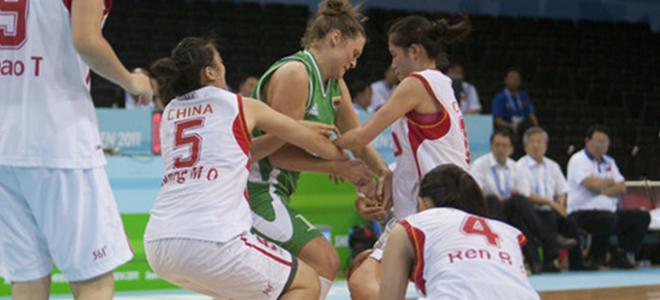 大运会男篮不敌芬兰遭遇两连败,女篮输球晋级八强