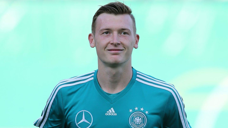 官方:德U21国门舒伯特加盟沙尔克04棋牌赢钱游戏,签约4年