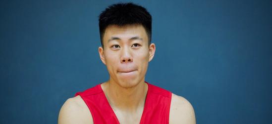 张镇麟19分,辽宁男篮热身赛战胜加州淘金者