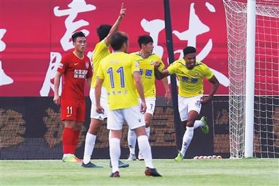 沪媒:申鑫球员曾不愿去客场,下轮可能还是不踢
