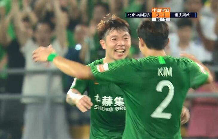 GIF:张稀哲禁区内射门发生折射,国安4-1重庆