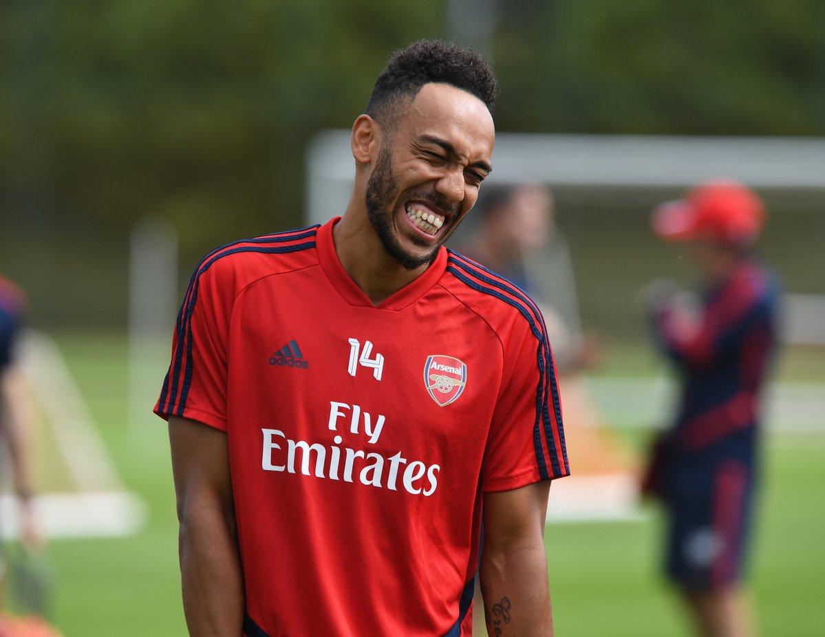 欧联官推调侃阿森纳:新赛季欧联冠军?曼联也回来了