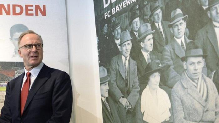 反思, 全队参观犹太人大屠杀遇难者博物馆