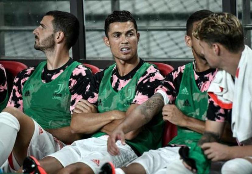 韩国足球职业联盟为C罗未登场道歉,并将起诉主办方