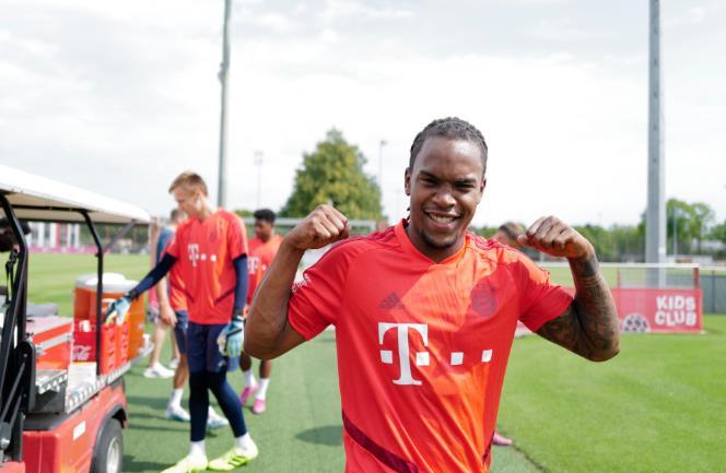 多图流:拜仁球员停止短暂休假,重回训练