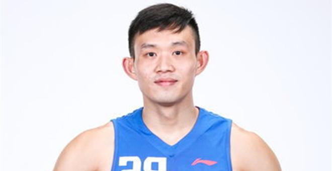 新疆男篮次轮第18顺位选择杨盛砚