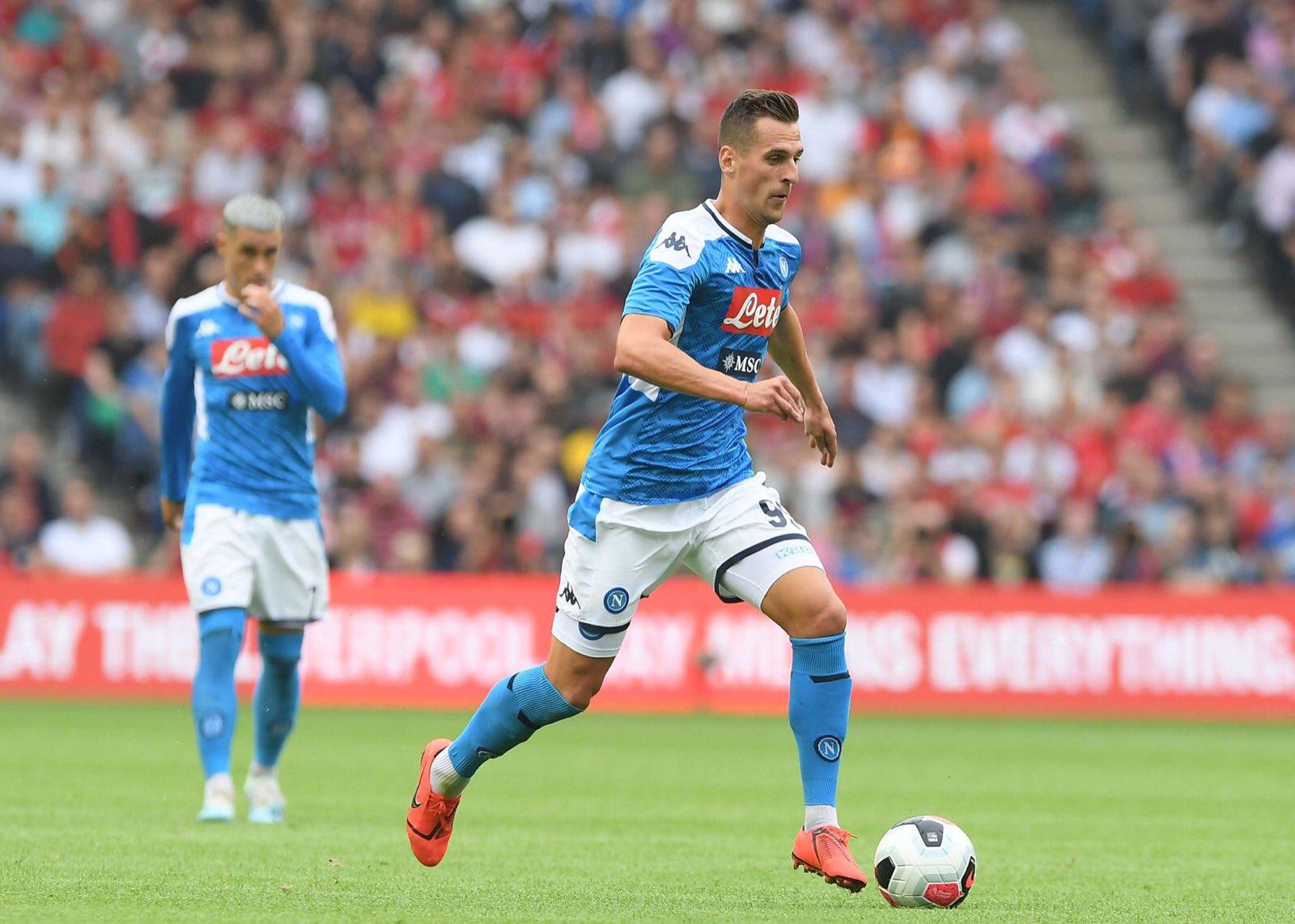 GIF:米利克门前铲射破门,那不勒斯2-0利物浦