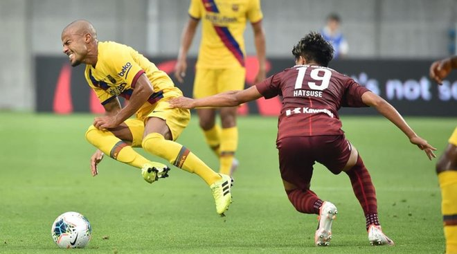 每体:瓦伦西亚故意与拉菲尼亚签约3年,三个赛季分期付款