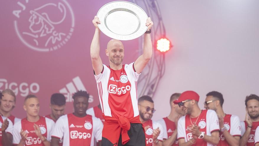 滕哈赫入选国际足联年度最佳教练候选名单