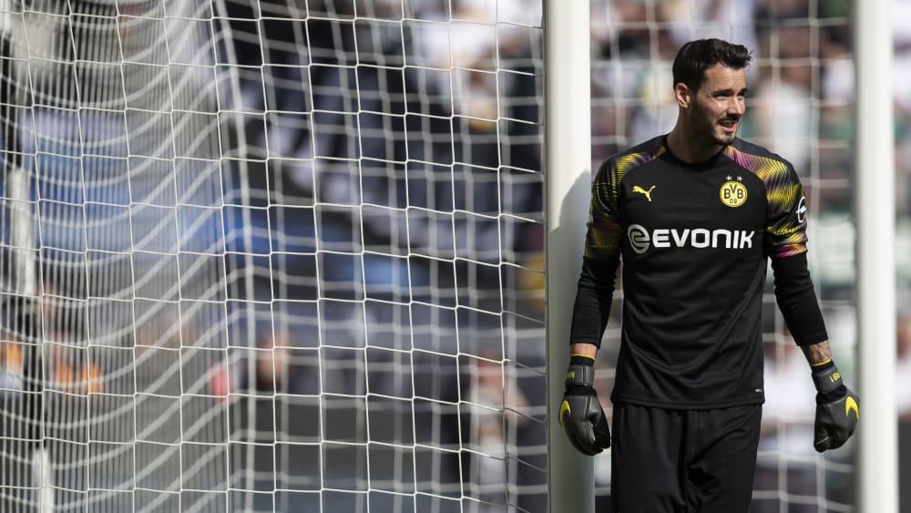 踢球者:除布兰特外,比尔基小阿扎尔也将无缘出战拜仁