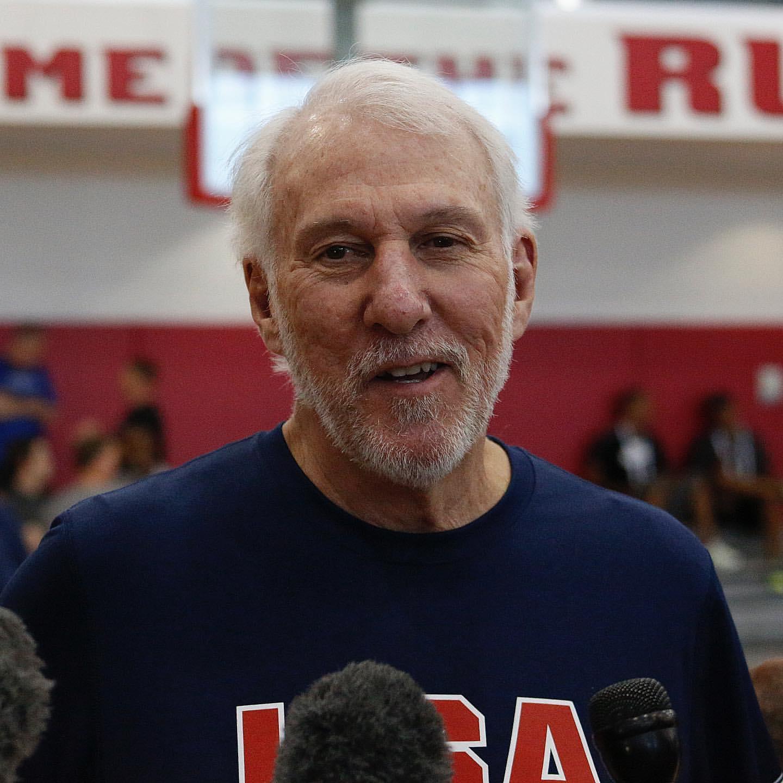 笑逐颜开!NBA官方晒出美国男篮训练营首日全队笑脸照