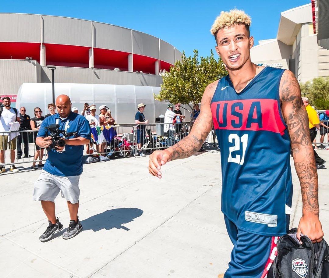 库兹马晒出今日在美国男篮训练营的个人照