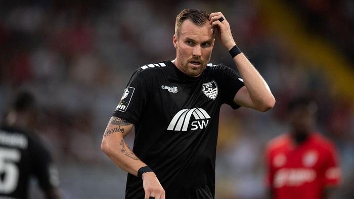 前多特悍将大十字禁赛6场,不过德国杯对阵多特能出场