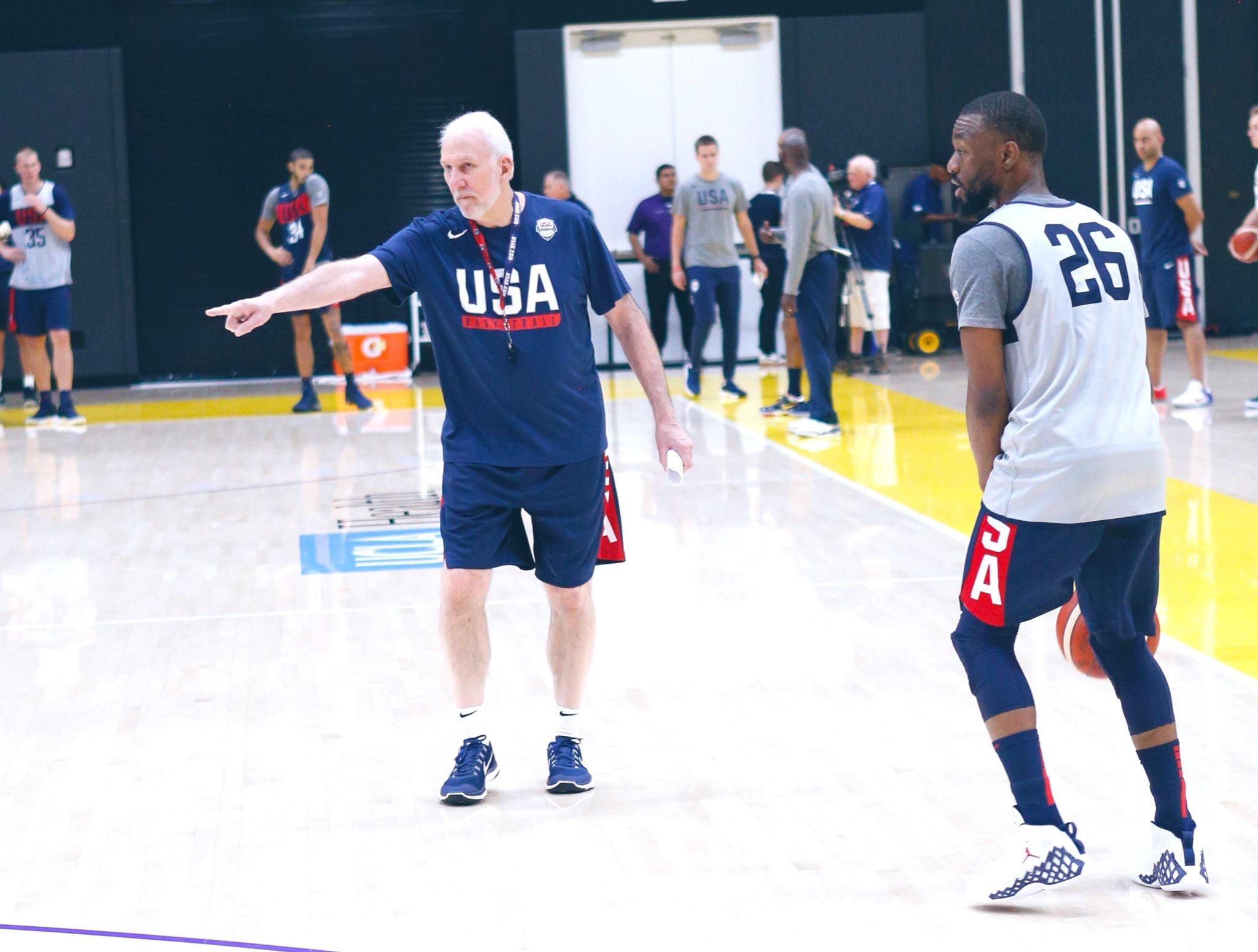 NBA官方发布美国男篮今日在洛杉矶训练组图