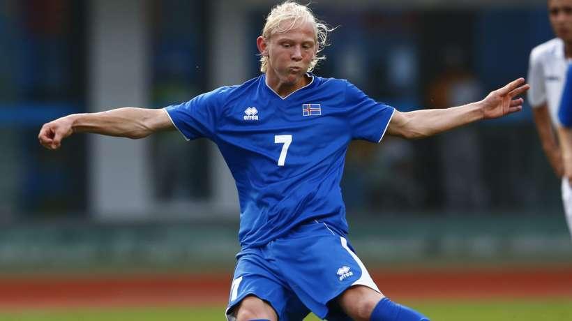 冰岛媒体:冰岛19岁中场小将接近和多特签约三年