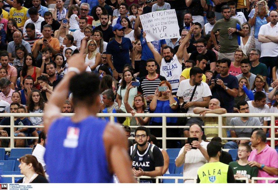 希腊男篮对阵塞尔维亚男篮的热身赛近18000张门票售罄