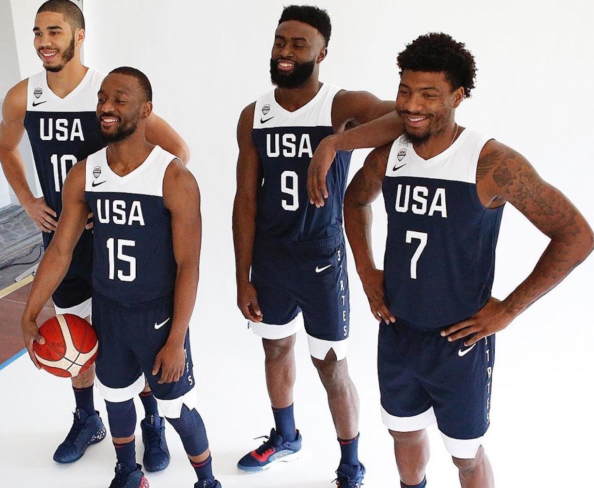 NBA官方今日晒出美国男篮国家队定妆照幕后花絮组图