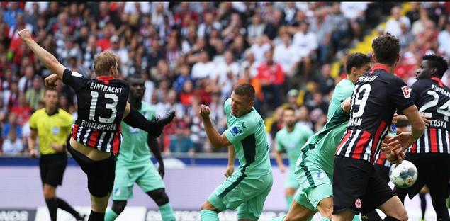 德甲综述:法兰克福小胜霍村,萨比策造4球莱比锡大胜