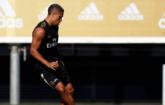 马里亚诺恢复户外训练,巴尔韦德膝盖进行保护措施