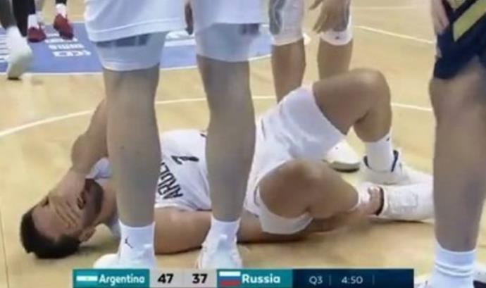 阿根廷男篮控卫法昆多-坎帕佐遭遇右脚踝扭伤
