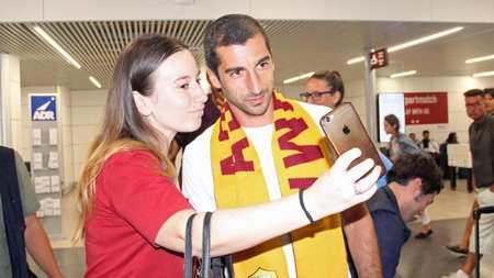 泰晤士报:姆希塔良租借罗马有买断选项,踢25场转强制