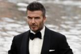 真的帅!贝克汉姆威尼斯拍广告,007造型受好评