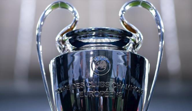 利物浦公布欧冠小组赛名单:红箭三侠、范戴克均在列