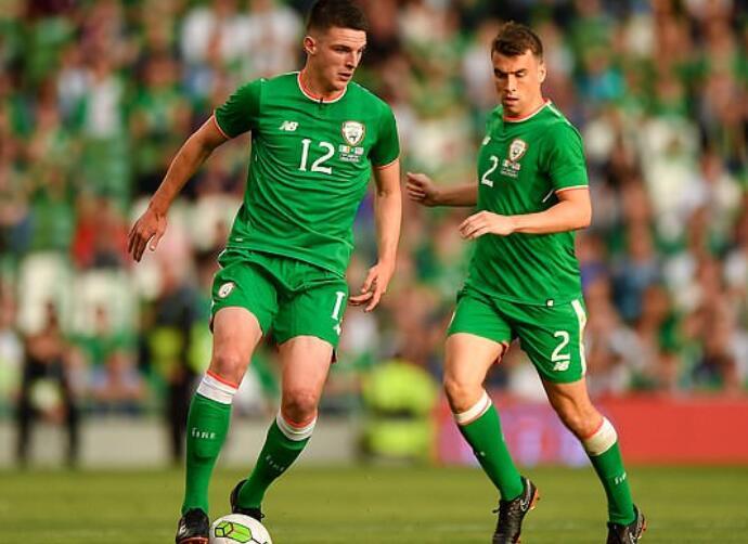 内维尔:赖斯在爱尔兰国家队有过出场,不能再代表英格兰