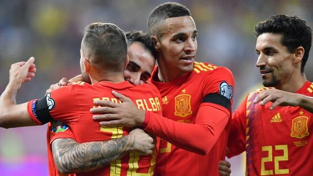 欧初赛:拉莫斯点射帕科建功,西班牙客场2-1罗马尼亚