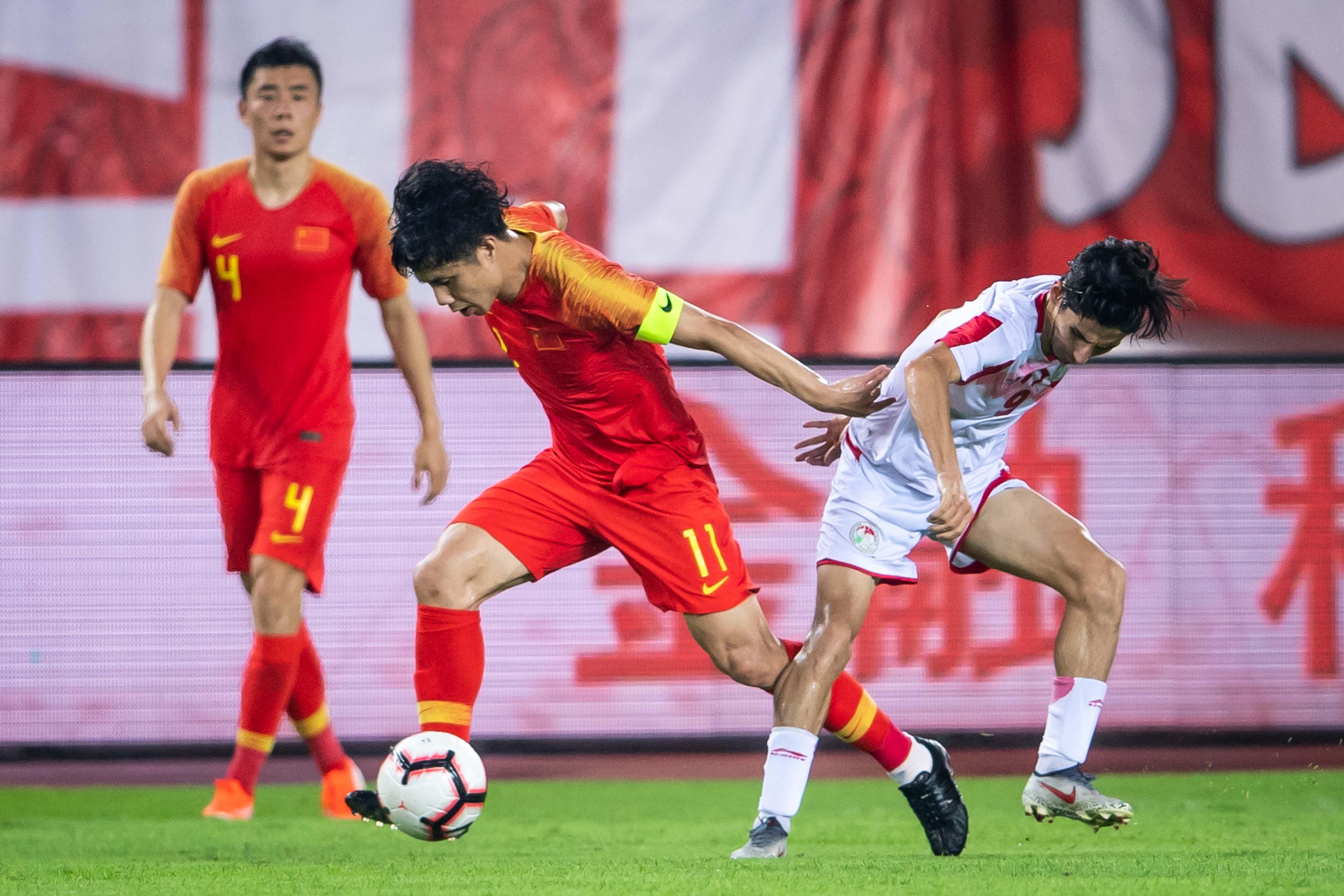 记者:蒿俊闵若无伤病等原因将一直担任国足队长
