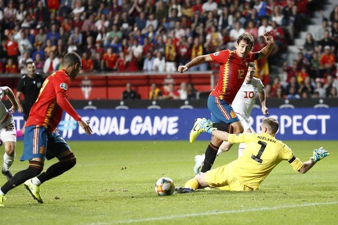GIF:锁定胜局,帕科为西班牙终场前再进一球