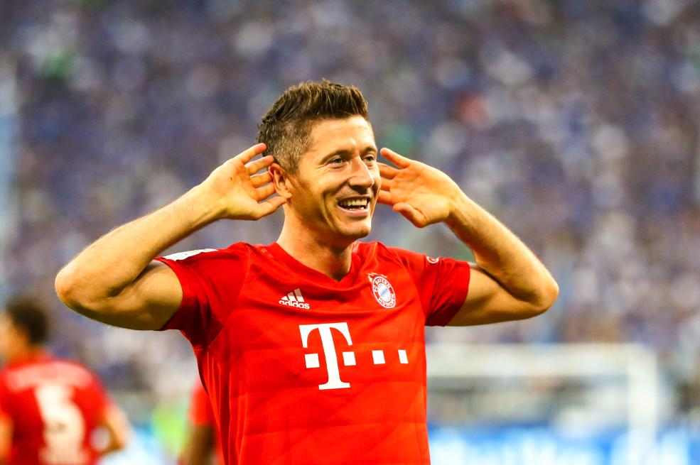 毫无悬念!官方:莱万多夫斯基当选拜仁8月最佳球员
