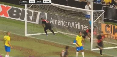 GIF:埃布拉姆84分钟头球破门,秘鲁领先1-0巴西