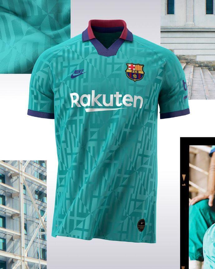 巴萨公布新赛季第三球衣:蓝绿底色,深色花纹菱形切割