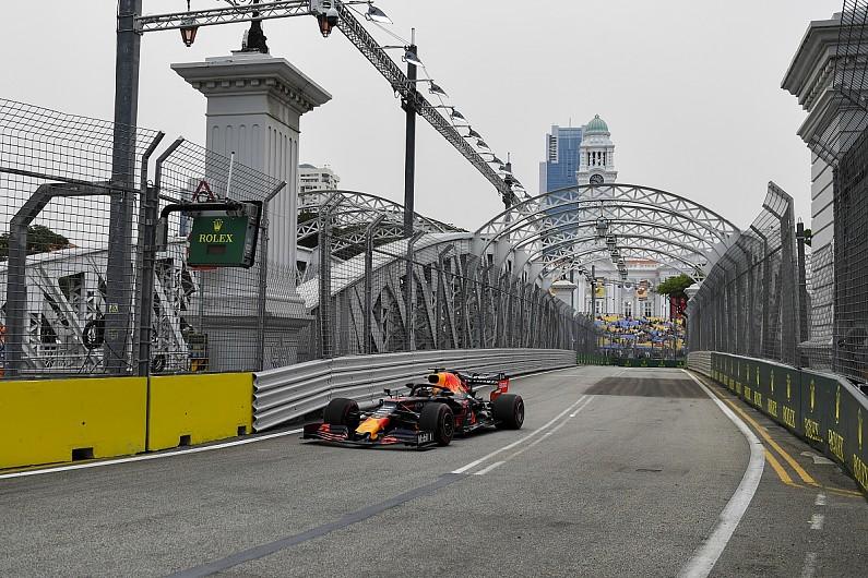 新加坡一练:小维斯塔潘最快,博塔斯撞车