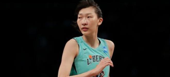 韩旭:在WNBA虽遇到困难,但我一定会坚持